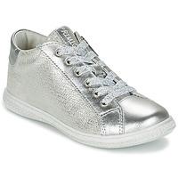 Cipők Lány Rövid szárú edzőcipők Primigi SUTRE Ezüst