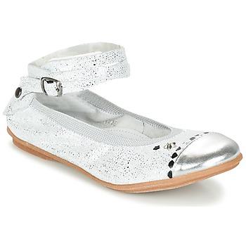 Cipők Lány Balerina cipők / babák Ikks EMILY Ezüst