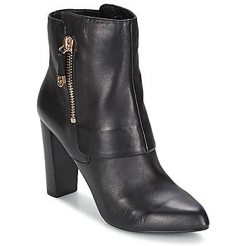 Cipők Női Bokacsizmák Guess IVON Fekete