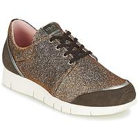Cipők Női Rövid szárú edzőcipők Unisa BOMBA Ezüst