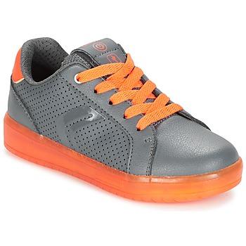 Cipők Fiú Rövid szárú edzőcipők Geox J KOMMODOR B.B Szürke / Narancssárga