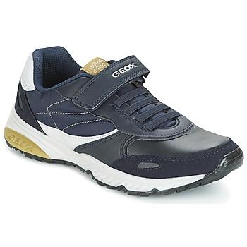Shoes Fiú Rövid szárú edzőcipők Geox J BERNIE A Tengerész / Zöld