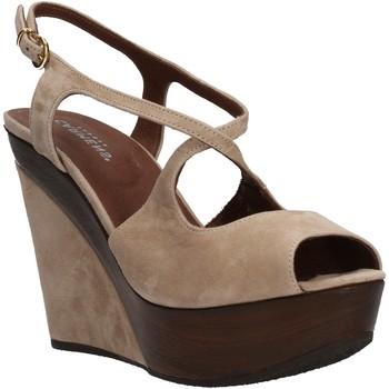 Cipők Női Szandálok / Saruk Carmens Padova AF500 Bézs