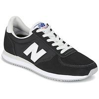 Cipők Rövid szárú edzőcipők New Balance U220 Fekete