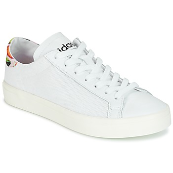 Cipők Női Rövid szárú edzőcipők adidas Originals Court Vantage Fehér / Virágok