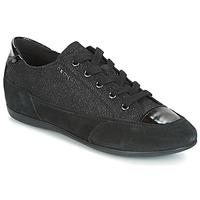 Cipők Női Rövid szárú edzőcipők Geox D NEW MOENA Fekete