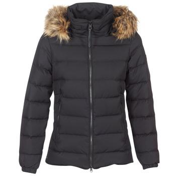 Ruhák Női Steppelt kabátok Aigle RIGDOWN SHORT Fekete