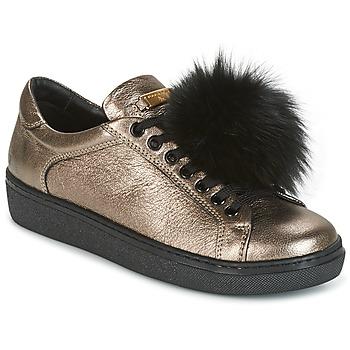 Cipők Női Rövid szárú edzőcipők Tosca Blu CERVINIA POM PON Fekete