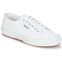 Cipők Rövid szárú edzőcipők Superga 2750 CLASSIC Fehér