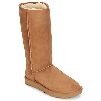 Cipők Női Városi csizmák UGG CLASSIC TALL II Barna