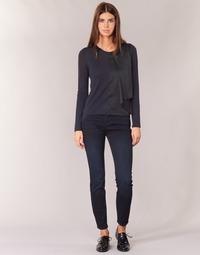 Ruhák Női Slim farmerek Armani jeans BOBE Kék