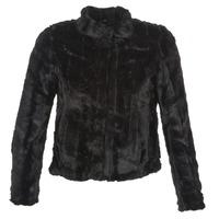 Ruhák Női Kabátok / Blézerek Vero Moda FALLON Fekete