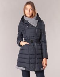Ruhák Női Steppelt kabátok Casual Attitude HAZETTE Tengerész
