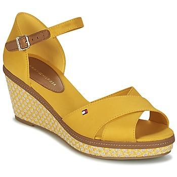 Cipők Női Szandálok / Saruk Tommy Hilfiger ICONIC ELBA SANDAL BASIC Citromsárga