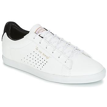 Cipők Női Rövid szárú edzőcipők Le Coq Sportif AGATE LO S LEA/SATIN Fehér