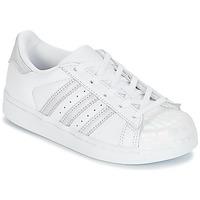 Cipők Lány Rövid szárú edzőcipők adidas Originals STAN SMITH C Fehér / Ezüst