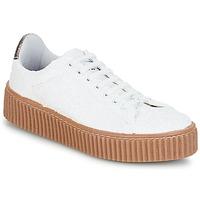 Cipők Női Rövid szárú edzőcipők Le Temps des Cerises TALYS Fehér