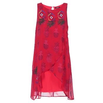 Ruhák Női Rövid ruhák Desigual DORIJE Piros