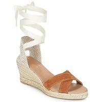 Cipők Női Szandálok / Saruk Betty London IDILE Barna
