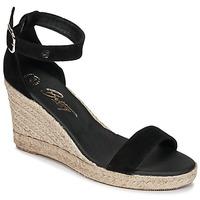 Cipők Női Szandálok / Saruk Betty London INDALI Fekete