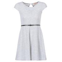 Ruhák Női Rövid ruhák Moony Mood IKIMI Fehér / Tengerész