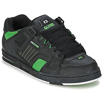 Cipők Férfi Rövid szárú edzőcipők Globe SABRE Fekete  / Zöld