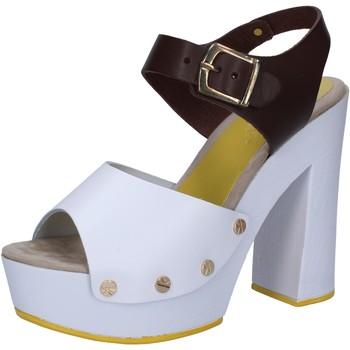 Cipők Női Szandálok / Saruk Suky Brand Szandál AC809 Fehér