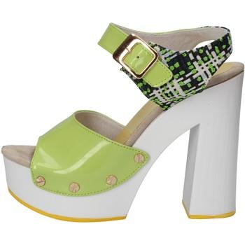 Cipők Női Szandálok / Saruk Suky Brand Szandál AC811 Zöld