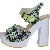 Cipők Női Szandálok / Saruk Suky Brand Szandál AB309 Zöld
