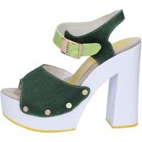 Cipők Női Szandálok / Saruk Suky Brand Szandál AB314 Zöld
