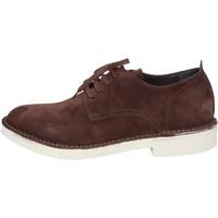 Cipők Férfi Oxford cipők & Bokacipők Moma AB442 Barna