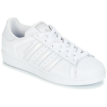 Cipők Női Rövid szárú edzőcipők adidas Originals SUPERSTAR W Fehér / Ezüst