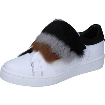 Cipők Női Divat edzőcipők Islo Tornacipő BZ211 Fehér