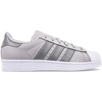 Cipők Gyerek Rövid szárú edzőcipők adidas Originals Superstar J Szare,Srebrne