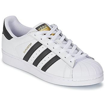 Cipők Rövid szárú edzőcipők adidas Originals SUPERSTAR Fehér / Fekete