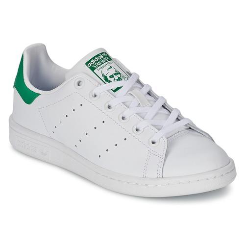 Cipők Gyerek Rövid szárú edzőcipők adidas Originals STAN SMITH J Fehér / Zöld