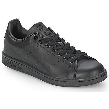 Cipők Rövid szárú edzőcipők adidas Originals STAN SMITH Fekete