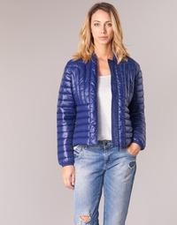 Ruhák Női Steppelt kabátok Kaporal WASPA Tengerész