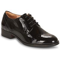 Cipők Női Oxford cipők Clarks Netley Rose Fekete / Pat