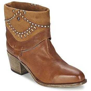 Cipők Női Bokacsizmák Vic AGAVE Barna