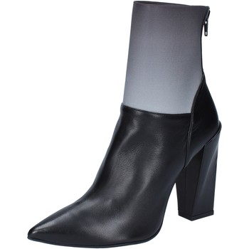 Cipők Női Bokacsizmák Gianni Marra tronchetti nero pelle grigio tessuto BY766 Nero