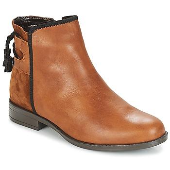 Cipők Női Csizmák André TITOL Barna