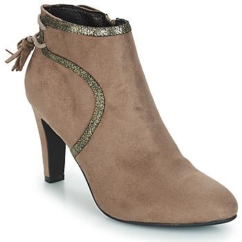 Cipők Női Csizmák André AUREL Bézs