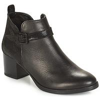 Cipők Női Bokacsizmák André PATTY 3 Fekete