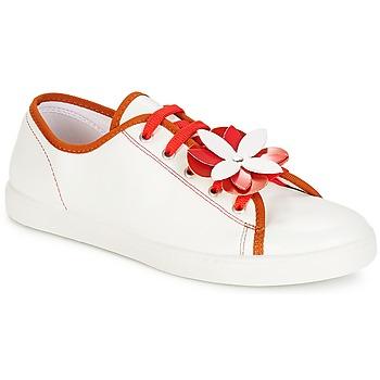 Cipők Női Rövid szárú edzőcipők André GUIMAUVE Piros