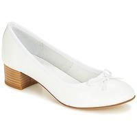 Cipők Női Balerina cipők / babák André POETESSE Fehér