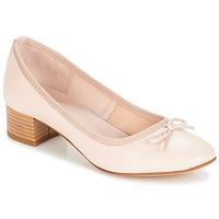 Cipők Női Balerina cipők  André POETESSE Bézs