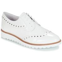 Cipők Női Oxford cipők André AMBROISE Fehér