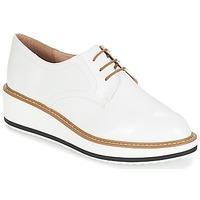 Cipők Női Oxford cipők André CHICAGO Fehér