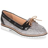 Cipők Női Mokkaszínek André JAY Ezüst